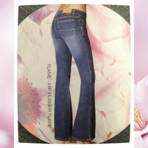 NWT GLO Junior's FLAME Hip Hugger Flare Jeans